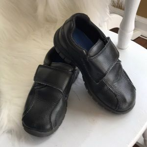 Boys Smart Fit black leather Velcro shoes
